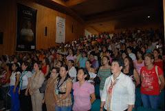 250 Mujeres Asistentes