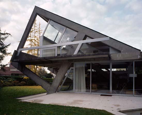 Organic Architecture: March 2010