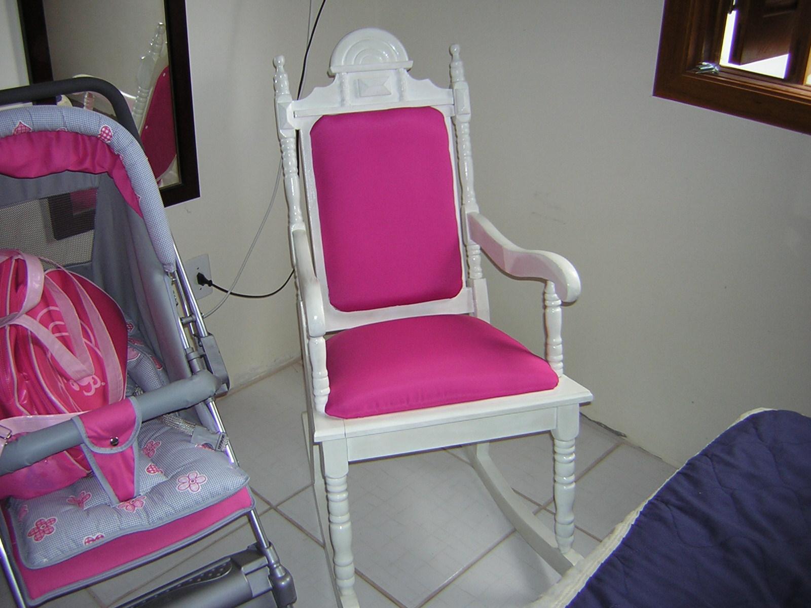 da mônica: Restauração da cadeira de balanço da Vovó #9E2D6A 1600x1200