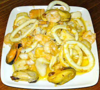 Mixed seafood (mussels, calimari, fish, prawns, etc) sautéed in butter