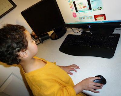 http://1.bp.blogspot.com/_WOTsTG_awiU/TTkg2Px3G7I/AAAAAAAACaY/fpMZXSRXGbA/s400/kid-computer.jpg