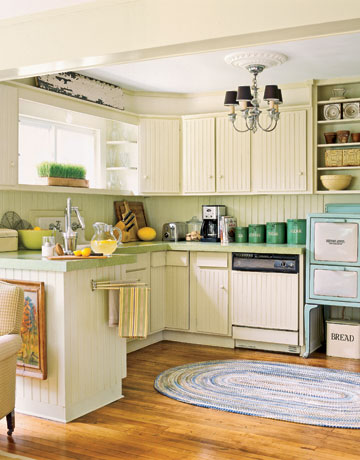If your kitchen design needs a boost, think focal points. Here's how