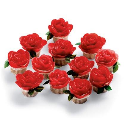 http://1.bp.blogspot.com/_WQENIAxkQPQ/S1kq32zG5fI/AAAAAAAAIb0/Nfj1n3tswiU/s640/rose+cupcakes.bmp