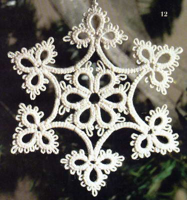 Снежинка, плетенная челноками
