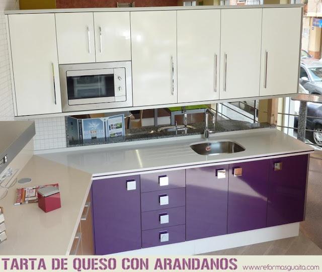 Colecci n xuquer de muebles de cocina reformas guaita - Cocina color lila ...