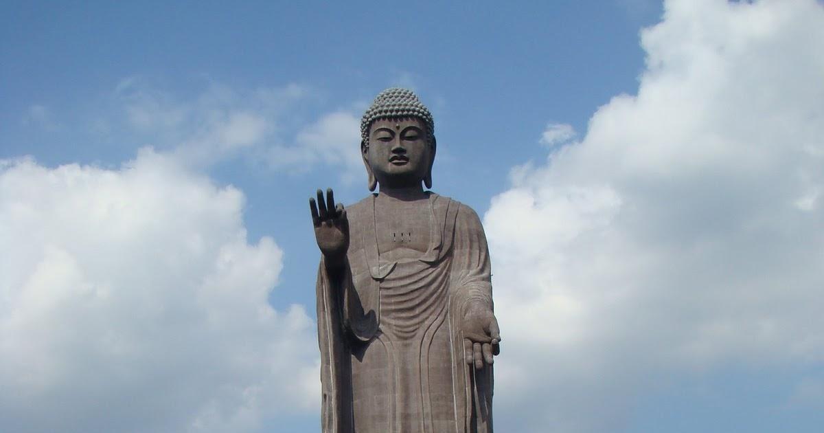 Im NO Saint: Ushiku Daibutsu (Ushiku Big Buddha)