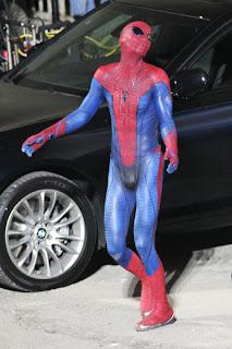 AMAZING SPIDER-MAN (La nueva peli) - Página 6 Andrew-garfield-is-spider-man