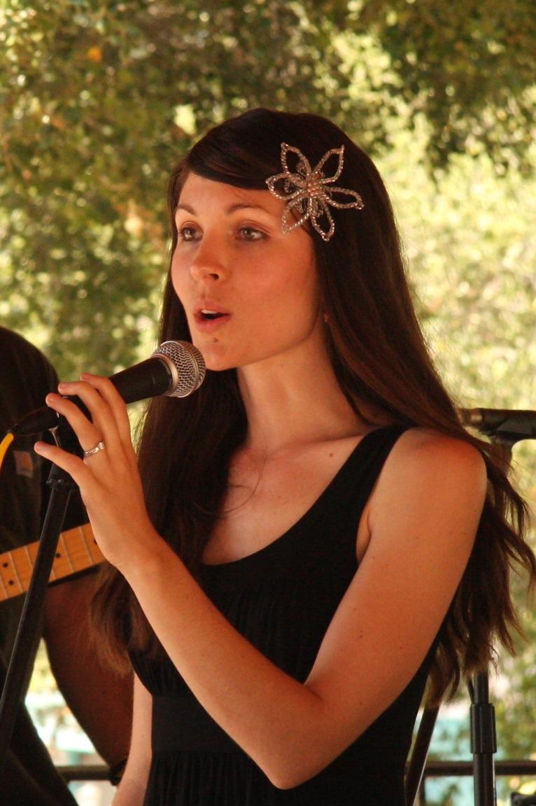 Hosting the Ojai Valley Lavender Festival 6/26/10, rachel speaking