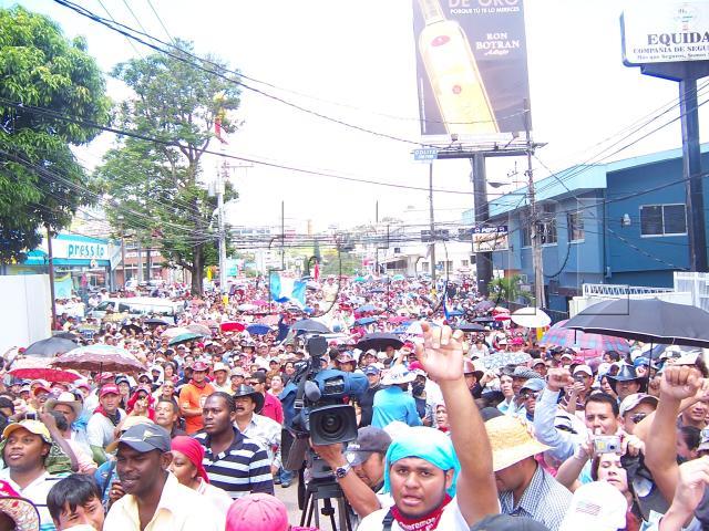 ¡Viva la rebelión popular del pueblo hondureño!