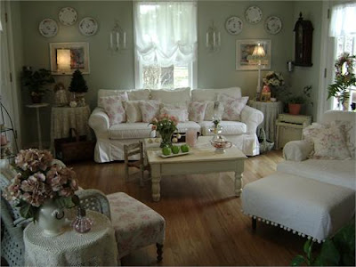 shabby chic cottage style living room