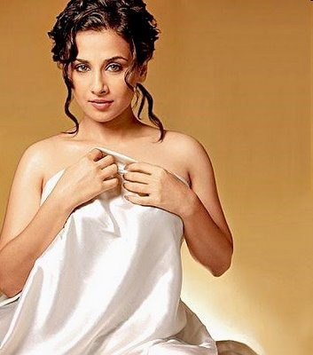 Vidya's two love making scenes with naseer