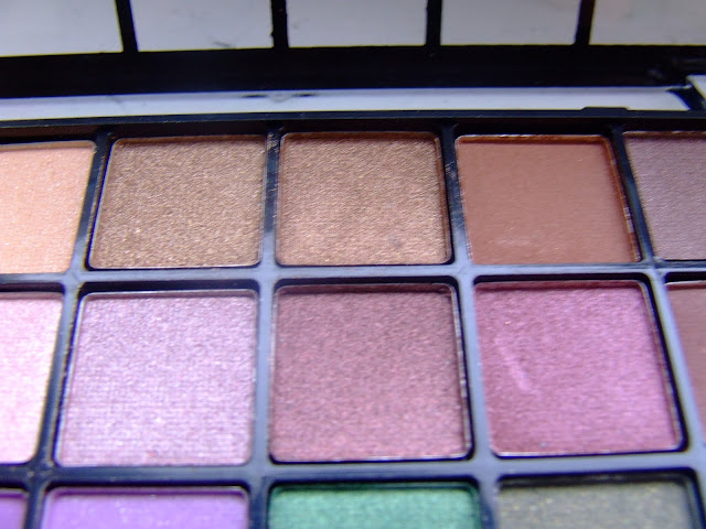 ELF 32 Piece Eyeshadow Palette