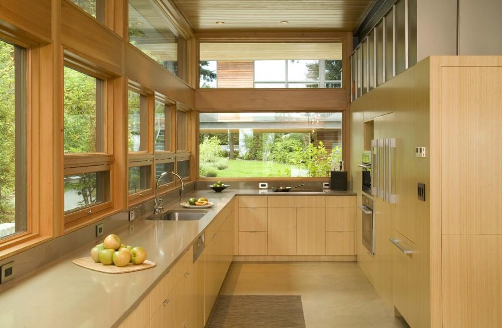 Best kitchen interior design ideas pine flat panel for Best kitchen designs 2011
