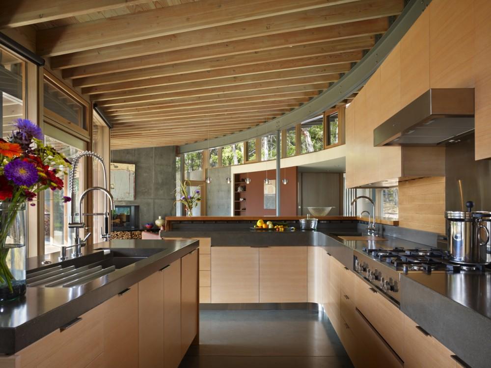 Best kitchen interior design ideas kitchen with a lot of for Best kitchen designs 2011