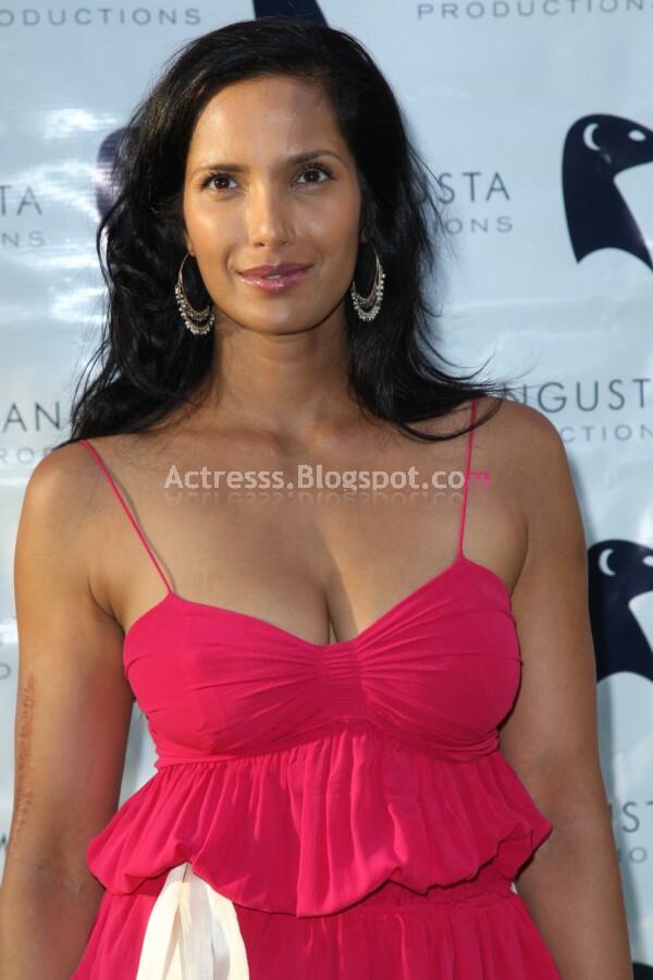 padma lakshmi scar. Padma Lakshmi Scar On Arm.