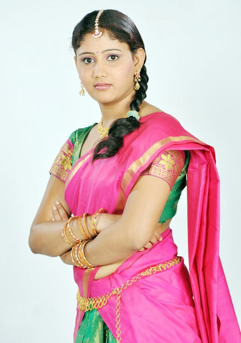 machakkanni amruthavalli in half saree