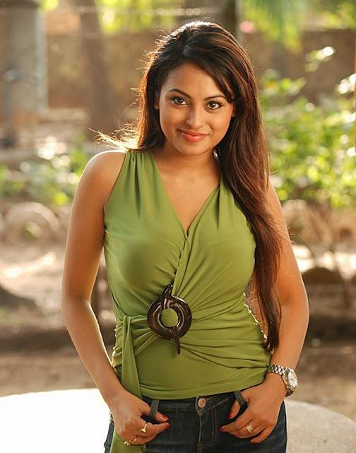 Meenakshi Sexy Stills from Telugu Movie Gang War Photoshoot images