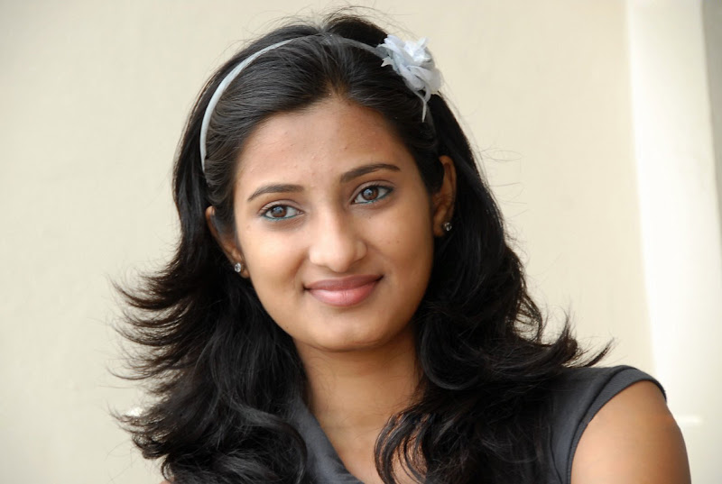 Actress Sowmya Photo Shoot Stills hot photos