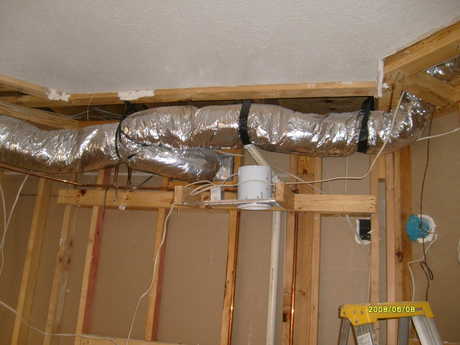 [Ducting,+electrical,+pipes+to+relocate.jpg]