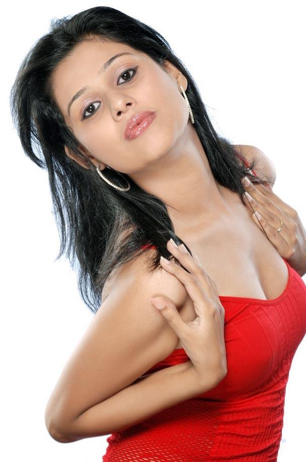 , Slim and Hot Model Avantika Sexy Photoshoot