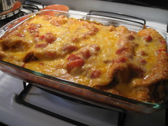 The Rickett Chronicles: Recipe: Cheesy Beef Enchilada Casserole