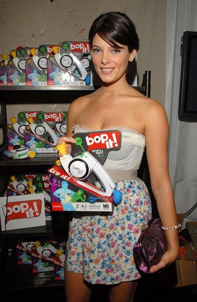 Teen Choice Awards y People's Choice Awards 2009 - Página 3 58084827mariaddiction810200963917AM