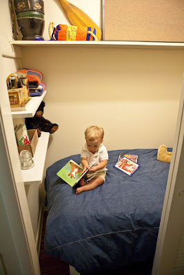 Closet Bed: One Manu0027s Quest To Turn A Closet Into A Fort!