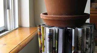 Original mesa con revistas