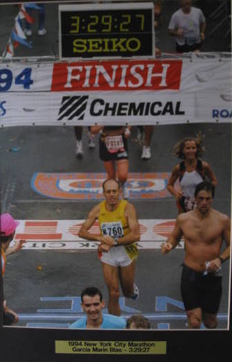 16. Blas Garca Marn, Atltico Getafe, haciendo su entrada en la Marathn de New York, ao 1994