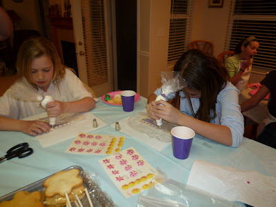 Cake Decorating Job Lot : Crazy About Cakes: Cake and Cookie Decorating Birthday Party