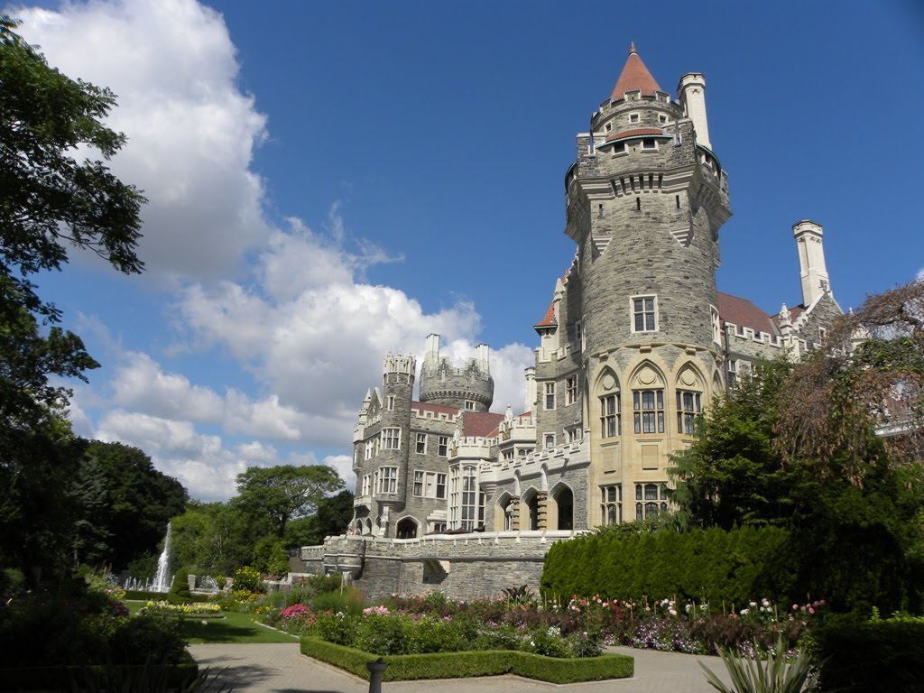 Travels ballroom dancing amusement parks casa loma a for Casa loma mansion toronto