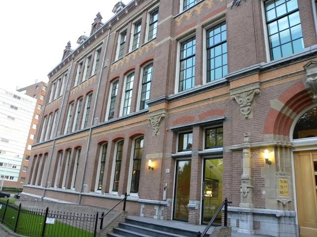 Shirasagi Stadshouderslaan Den Haag