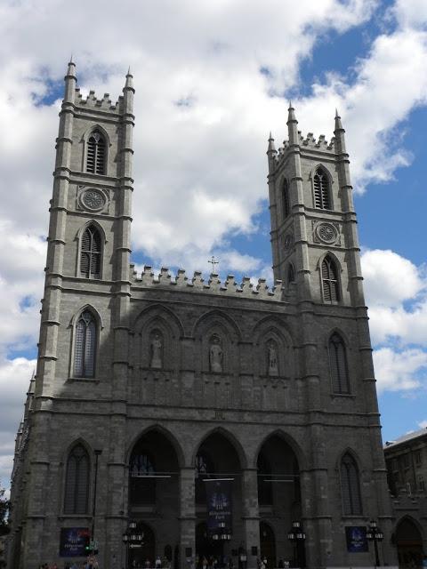 Basilique Notre-Dame in Montréal