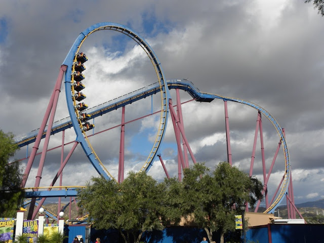 Six Flags Magic Mountain Scream