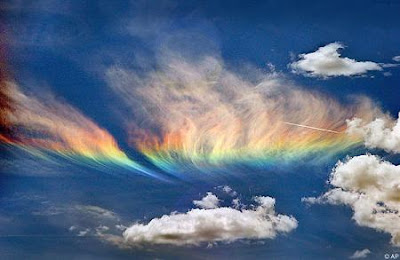 http://1.bp.blogspot.com/_WhTq_C6yMEQ/R0scpkT9oSI/AAAAAAAAAms/ckLKWlq4FG8/s400/rainbow-fire.jpg