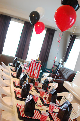 """/""""Little Pirates/"""" Pirate Party Decoration-Choice-Balloons Table Decoration"""