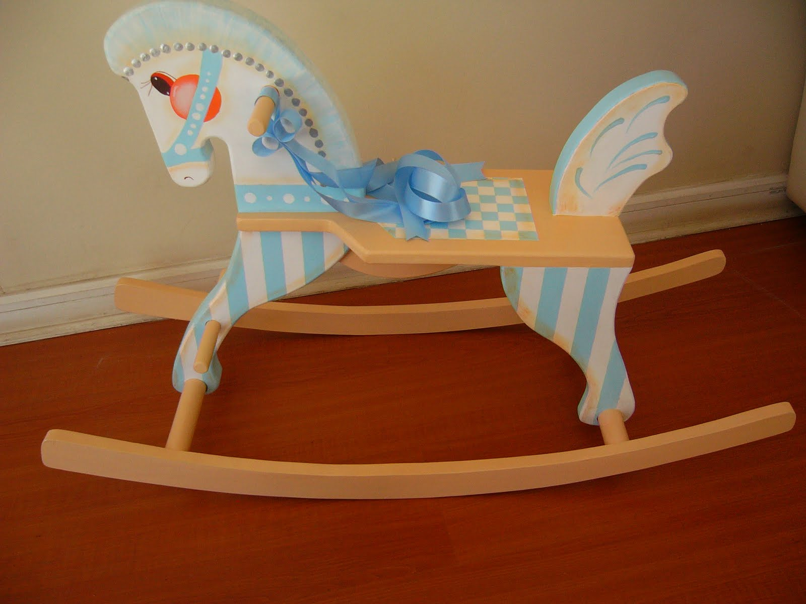 Muebles infantiles decoraci n para ni os juguetes for Manualidades de muebles