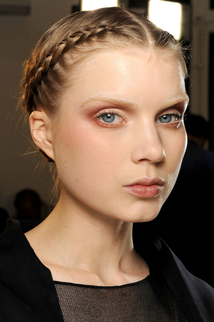Tendance maquillage 2011 etre radieuse - Maquillage simple mais beau ...