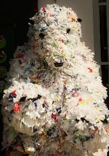 Trash Art polar bear