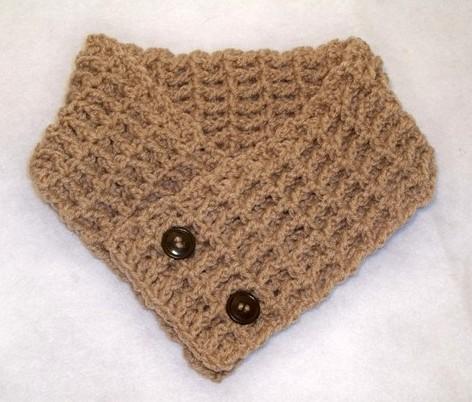 Spiky Little Neck Warmer - AllFreeCrochet.com - Free Crochet