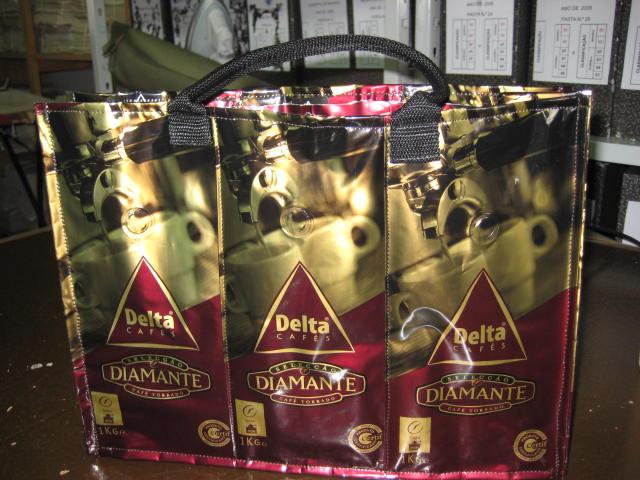 mala de sacos de cafe