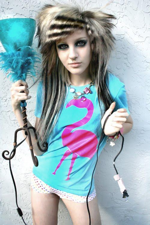 emo girl hairstyle. hairstyle emo girl. Emo Girl Fashion
