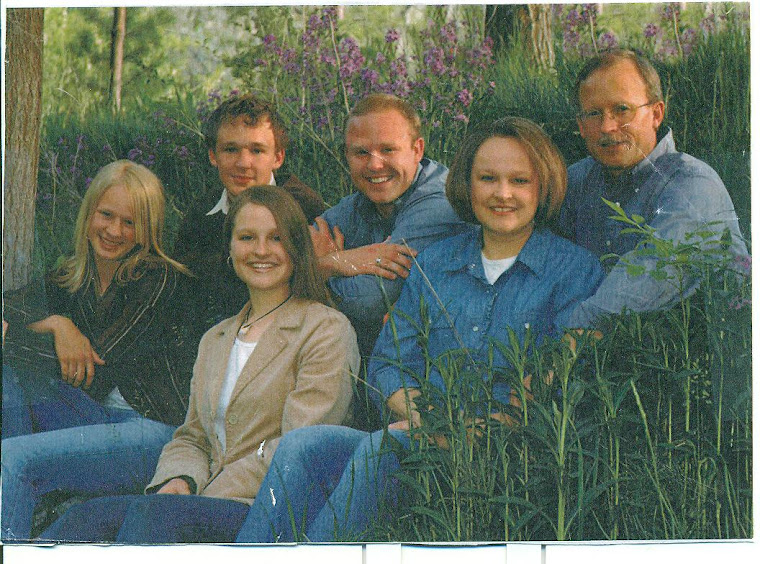 STEVEN CARTER & family live in Nephi, Utah. He and his companion, Tracey Olsen, taught me the missi
