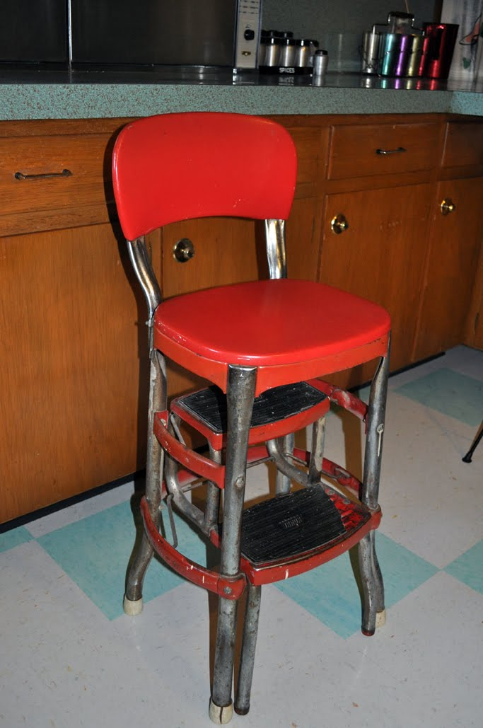 Retro Step Stools For The Kitchen