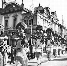 (1) Archives du Carnaval de Nice