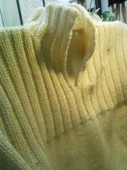 ハイネックのセーター