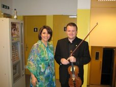 ..inaintea concertului de la Luxemburg alaturi de cantareata sirianca Samar Charifi