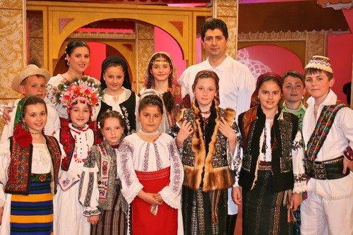 """2007, Favorit TV București - Prezentator al emisiunii """"Rapsodia Românească"""", Ediția a II-a."""