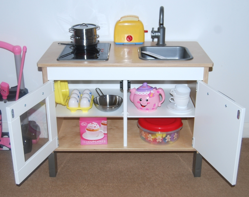 MummysShoes: Ikea Children's Mini Kitchen