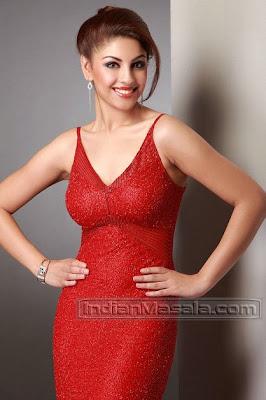 Richa Gangopadhyay Sizzling Hot Photo Shoot
